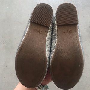 GAP Shoes - Gap silver glitter ballet flat girl size 11